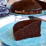 Воздушный шоколадный пирог на красном вине
