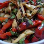 Салат из перца и баклажанов на гриле