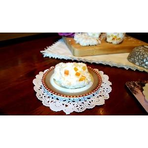 Мягкий десертный сыр с цукатами и миндалём
