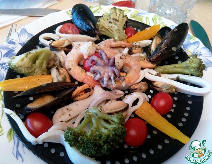 Рецепт: Праздничный салат Морская соната