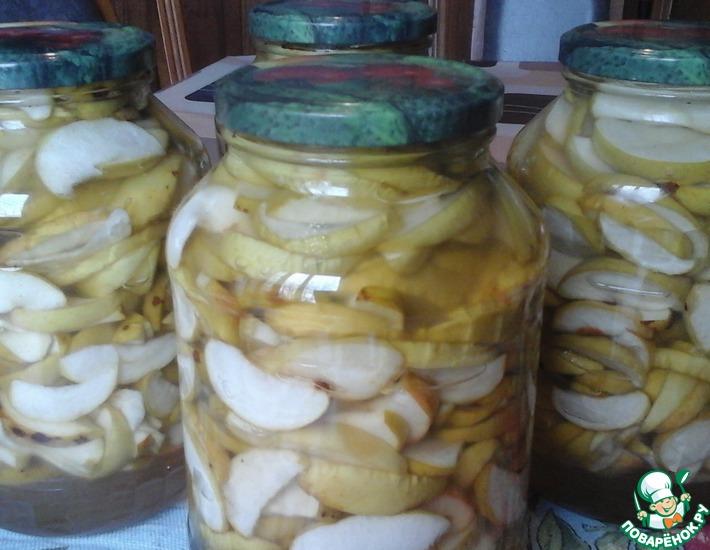 Рецепт: Консервированные яблоки в собственном соку