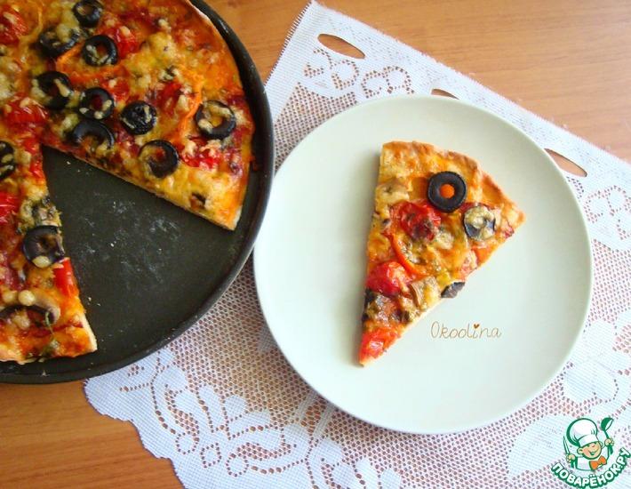Рецепт: Пицца с шампиньонами и колбасой