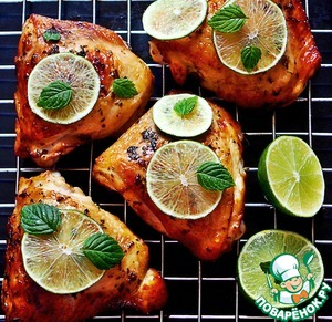 Chicken thighs in the marinade Mojito