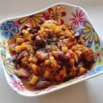 Овощное рагу с фасолью и колбасками