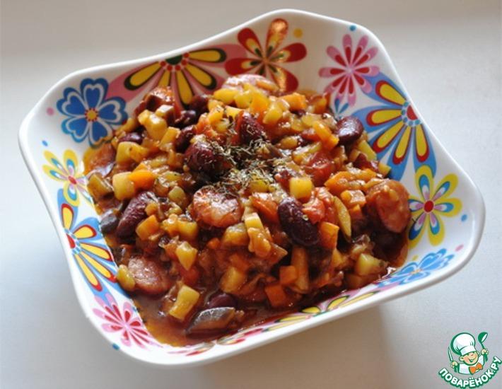 Рецепт: Овощное рагу с фасолью и колбасками