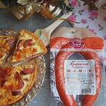 Киш с краковской колбасой и шампиньонами
