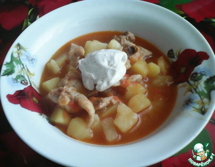 Рецепт: Картофель с курицей в соусе по-кубански