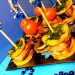 Свинина гриль на шпажках с овощами