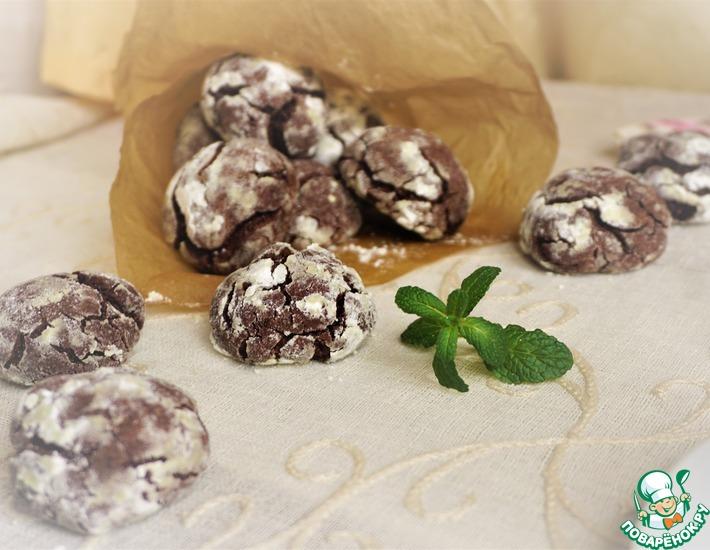 Рецепт: Шоколадно-мятное печенье с трещинками