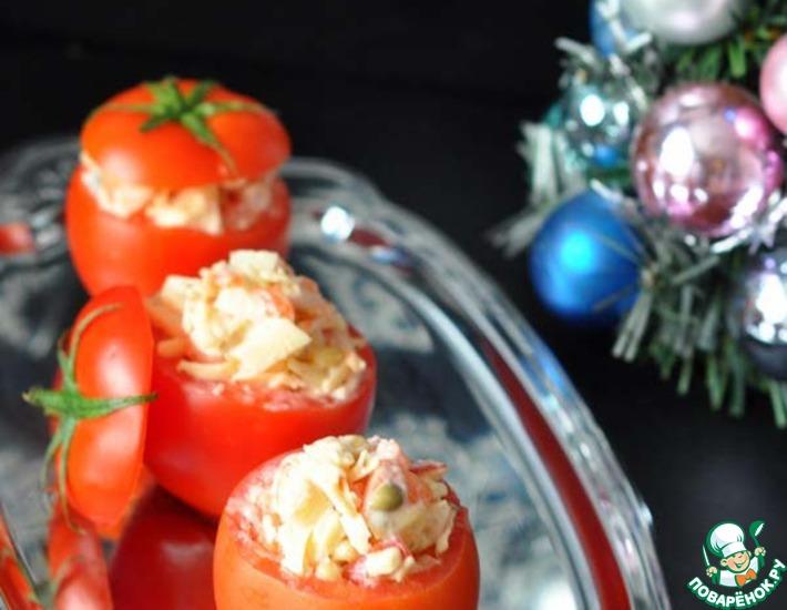 Рецепт: Сырный салат в помидорах