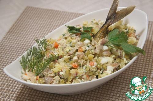 Салат оливье с скумбрией горячего копчения
