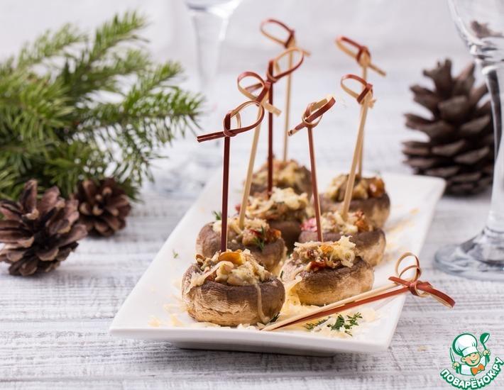 Рецепт: Шампиньоны с брынзой и вялеными томатами
