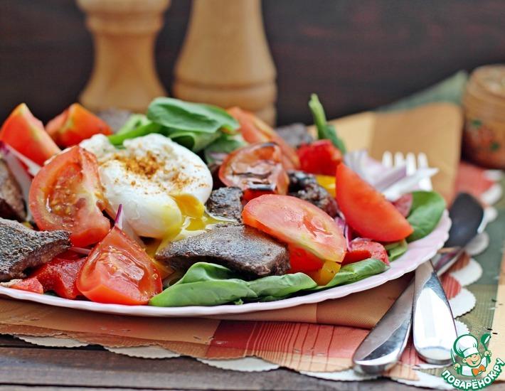 Рецепт: Салат с печенью и овощами
