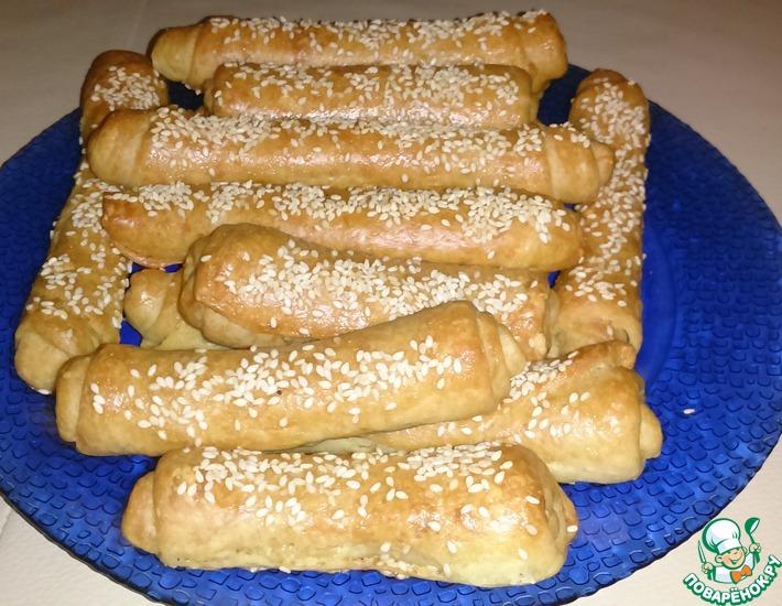 Рецепт: Сырные трубочки с кунжутом