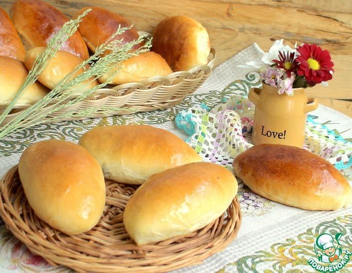 Рецепт: Пирожки сдобные с зелёным луком и яйцом