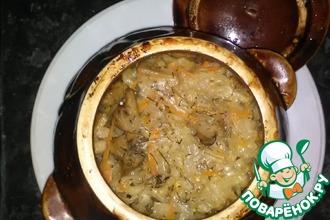 Рецепт: Перловка с грибами в горшочках
