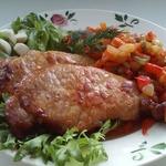 Жареная свинина с овощным гарниром Гармония