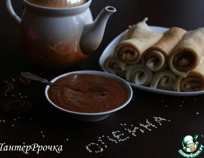 Рецепт: Сладкий шоколадно-кунжутный соус