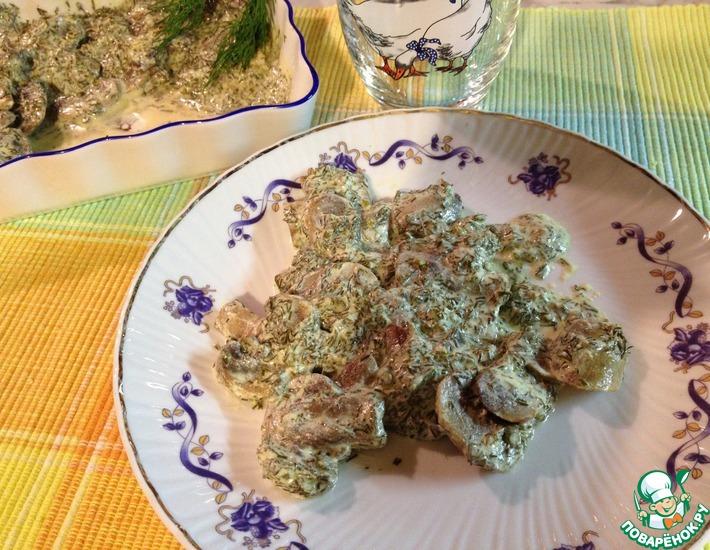 Рецепт: Шампиньоны, тушенные в сметане с укропом