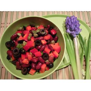 Салат В красных тонах