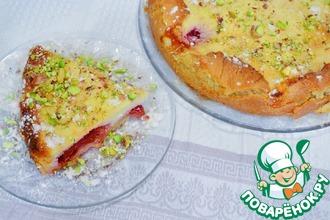 Рецепт: Пирог со сливами и творожной заливкой