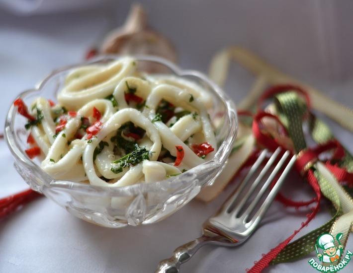 Рецепт: Маринованные кальмары в чесночно-лимонном соусе
