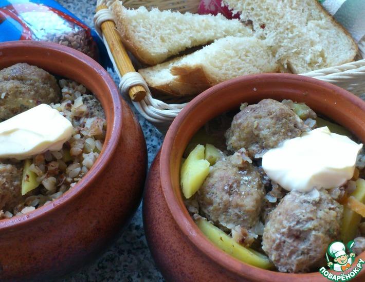 Рецепт: Густой суп из гречки с фрикадельками