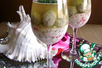 Рецепт: Салат с овощами и рыбными фрикадельками в желе