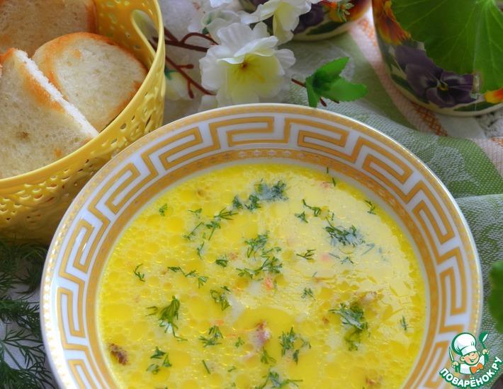 Рецепт: Сырный суп с копчёной курицей