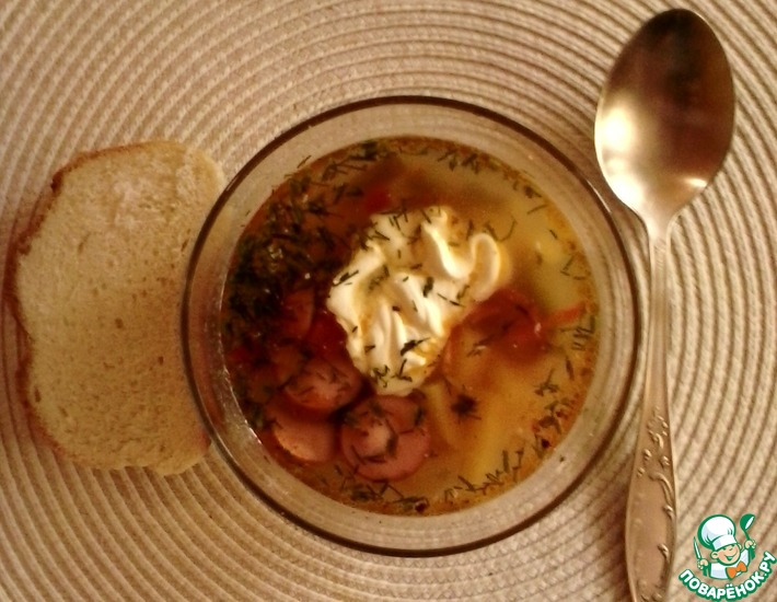 Рецепт: Суп из сосисок 2 холостяка