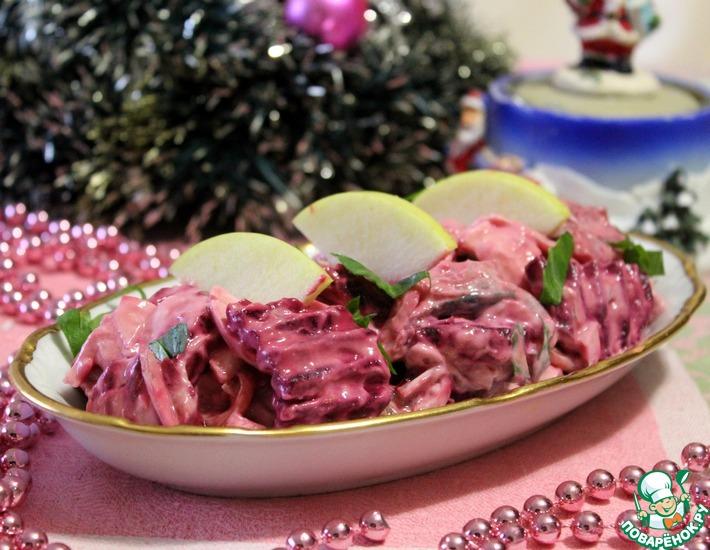 Рецепт: Салат из скумбрии В розовом