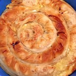 Легкий пирог Улитка с капустой