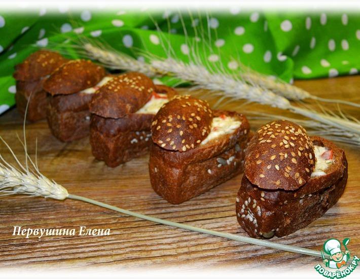 Рецепт: Творожно-сырная запеканка в мини-хлебчиках