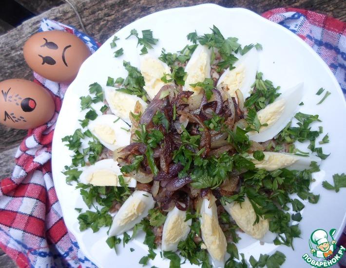 Рецепт: Гречневая каша с вареными яйцами