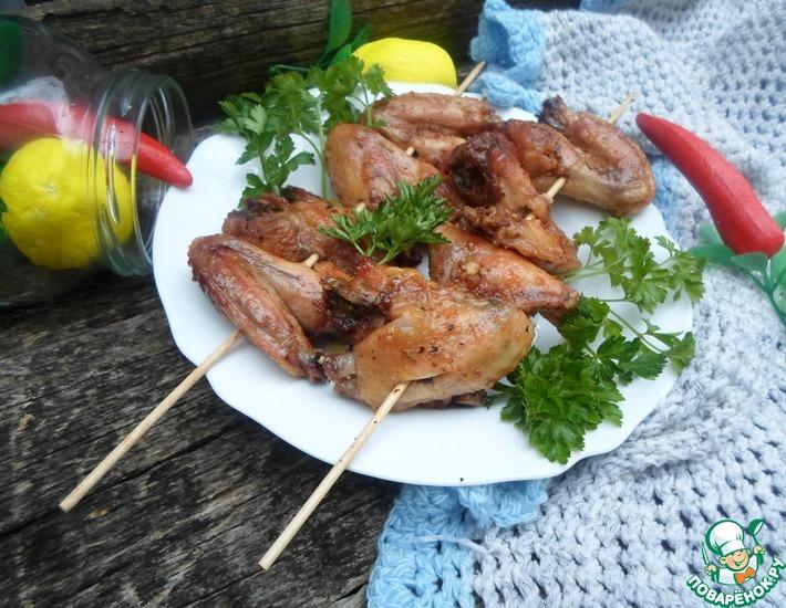 Рецепт: Крылышки, запеченные в пивной карамели