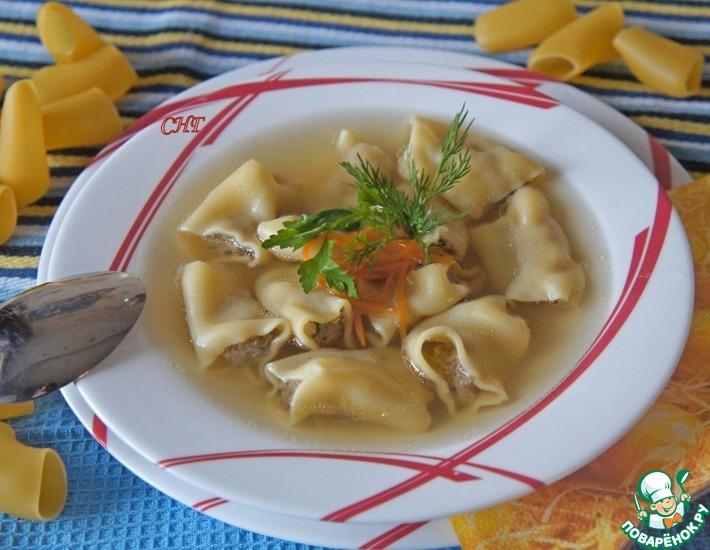 Рецепт: Испанский рождественский суп из фаршированных макарон