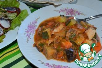 Рецепт: Гуляш овощной с копченой курицей