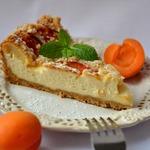 Творожно-абрикосовый торт с посыпкой