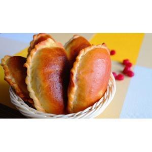 Пирожки из духовки с малиной
