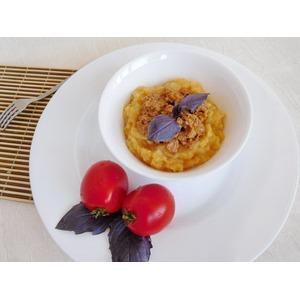 Гороховая каша с томатно-мясным соусом