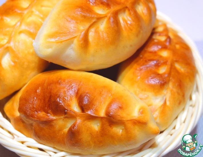 Рецепт: Пирожки печёные с яблоками и корицей