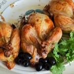 Цыплята-корнишоны с картофельно-чечевичным пюре