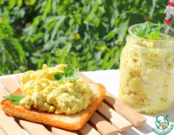 Рецепт: Яичная паста-намазка
