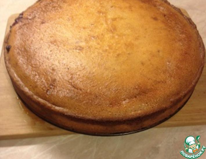 Рецепт: Заливной творожный пирог с вишней