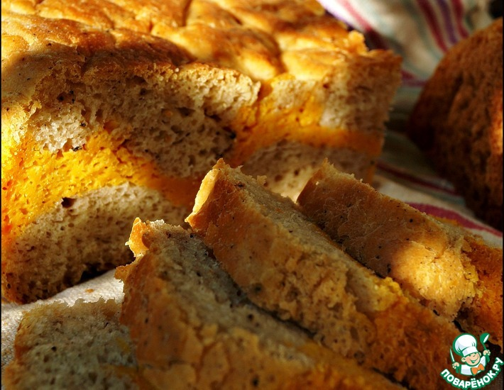 Рецепт: Хлеб на квасе с морковью и перцем