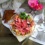 Свекольный салат с грибами и баклажанами