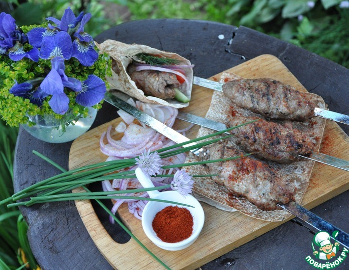 Рецепт: Люля-кебаб из свинины
