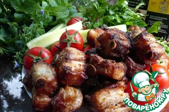 Рецепт: Шашлык из свиных ребрышек для пикника