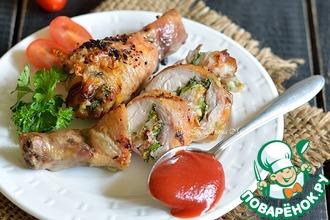 Рецепт: Куриные голени, фаршированные сыром и беконом