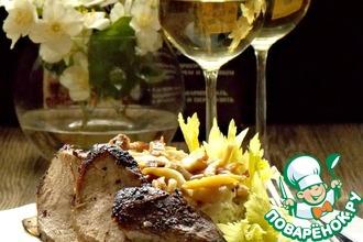 Рецепт: Салат с утиной грудкой и белыми грибами